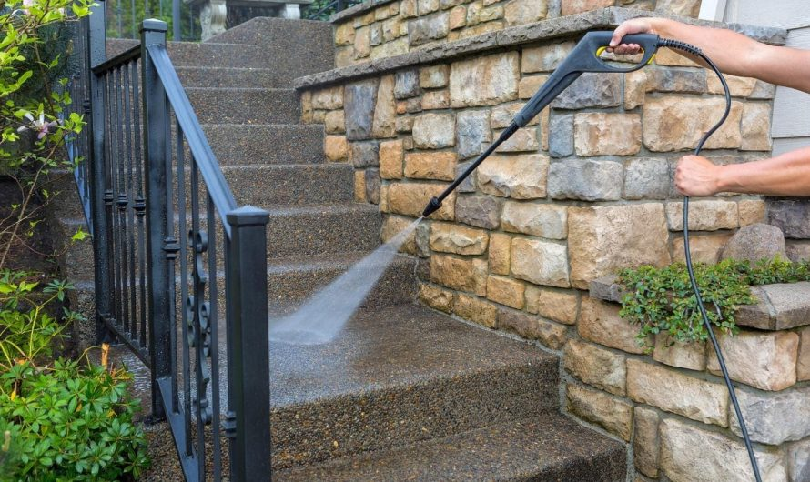 6 Signs Your Home Needs Pressure Washing Services