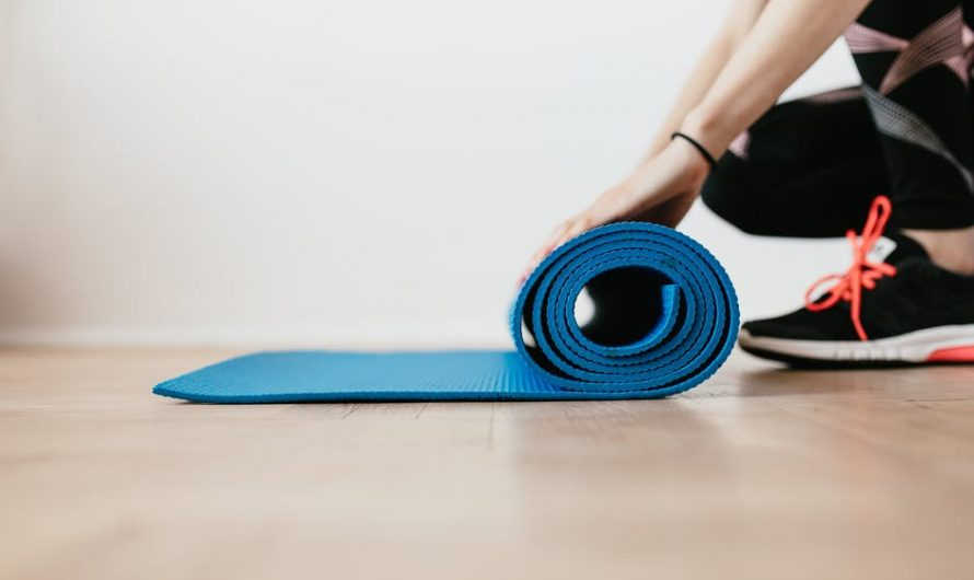 5 Living Room Workouts You Should Do Every Day