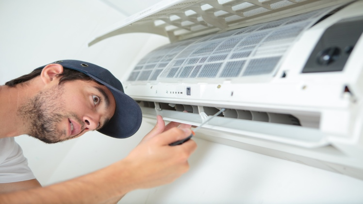 How To Choose the Best Heating and Air Repair Service