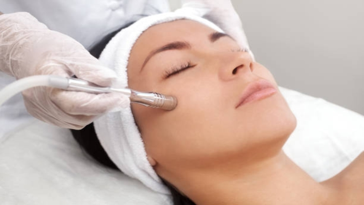 How to Find the Right Acne Scar Treatment Procedure for You?