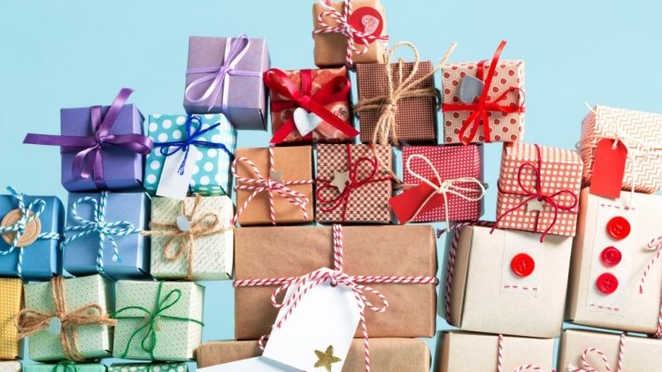 Gift Ideas for Your Boss: Perfect Holiday Gifts