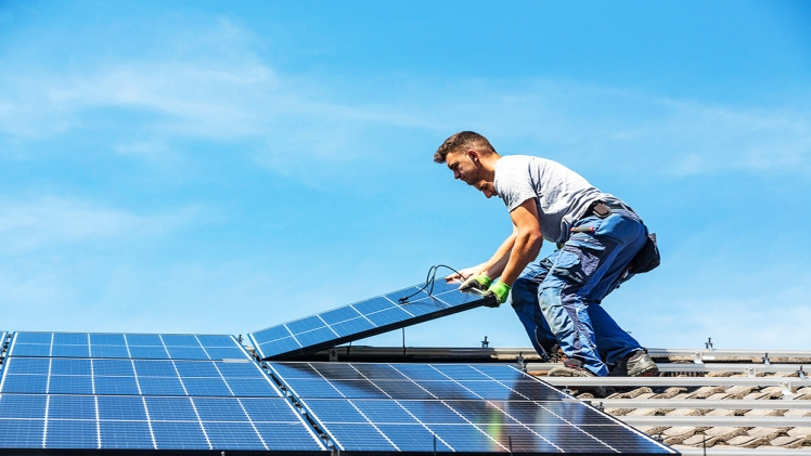 5 TIPS FOR SELECTING THE RIGHT SOLAR BUSINESS