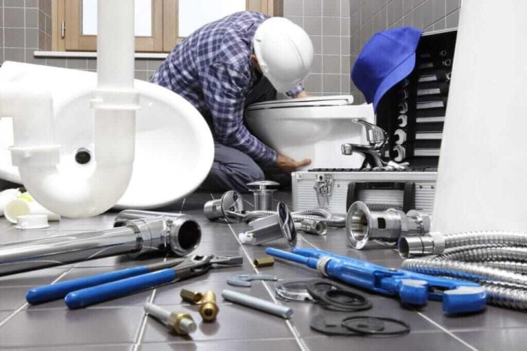 Industrial Plumbing: Get the Right Team for the Job